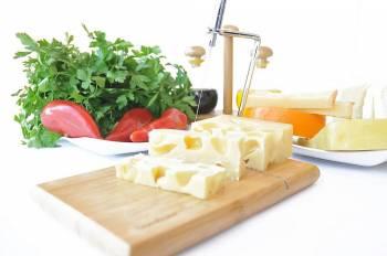 - Ceasar-Telli Peynir Dilimleyici
